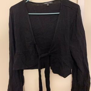 tie in the middle long sleeve